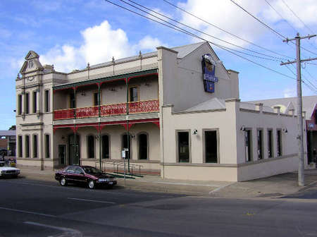 Mitchell River Tavern - Accommodation Adelaide