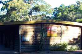Beachcomber Caravan Park  Log Cabins - Accommodation Adelaide