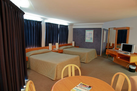 Quality Hotel Lord Forrest - Accommodation Adelaide