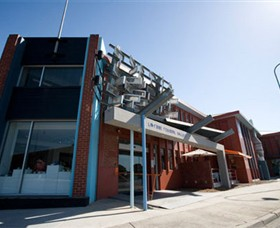 Latrobe Regional Gallery - Accommodation Adelaide