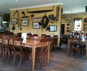 The Beekeepers Inn - Accommodation Adelaide