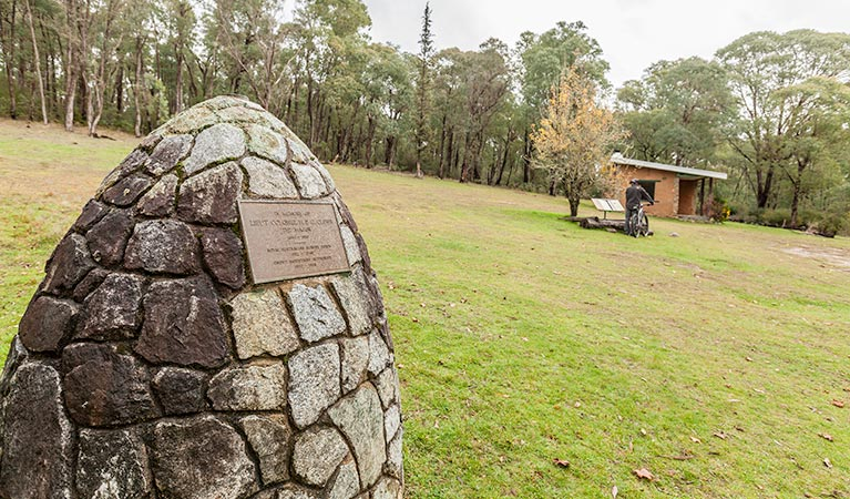 Major Clews Hut walking track - Accommodation Adelaide