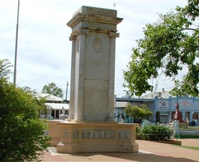 Charleville War Memorial - Accommodation Adelaide