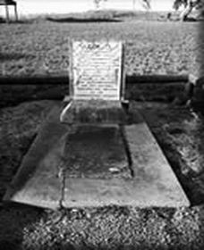 Grave of Yuranigh - Accommodation Adelaide