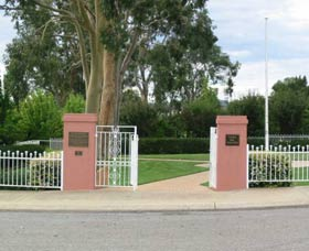 Japanese and Australian War Cemeteries - Accommodation Adelaide