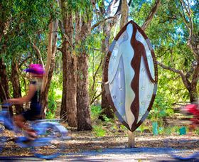 Wagirra Trail and Yindyamarra Sculpture Walk - Accommodation Adelaide