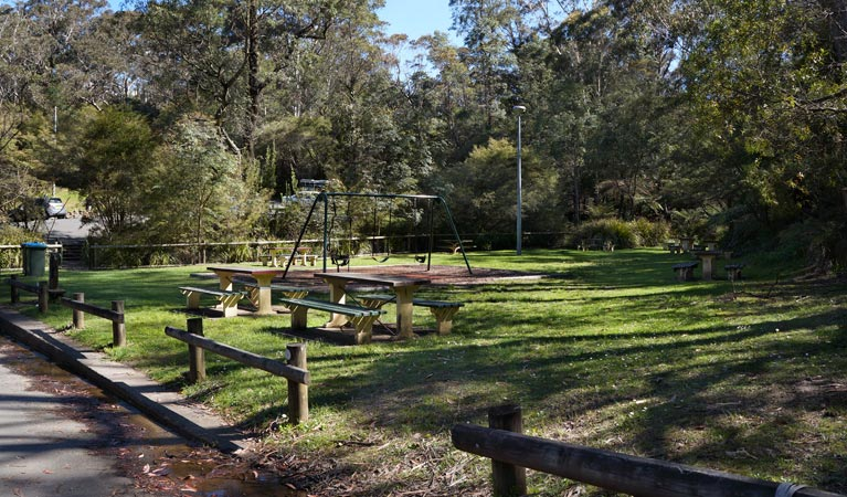 Gordon Falls lookout and picnic area - Accommodation Adelaide