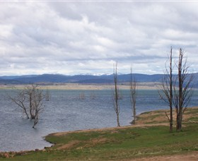 Lake Eucumbene - Accommodation Adelaide