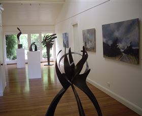 Ivy Hill Gallery - Accommodation Adelaide