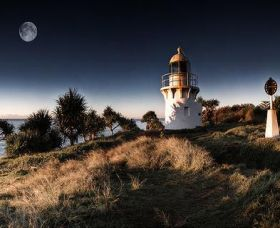 Fingal Head Lighthouse - Accommodation Adelaide