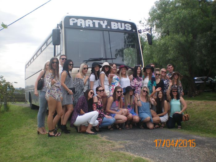 R  R Bus and Leisure Hire - Accommodation Adelaide