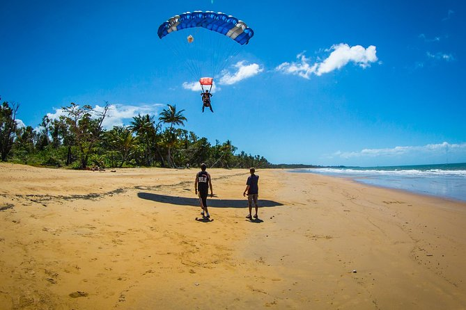 Beach Skydive from up to 15000ft over Mission Beach - Accommodation Adelaide