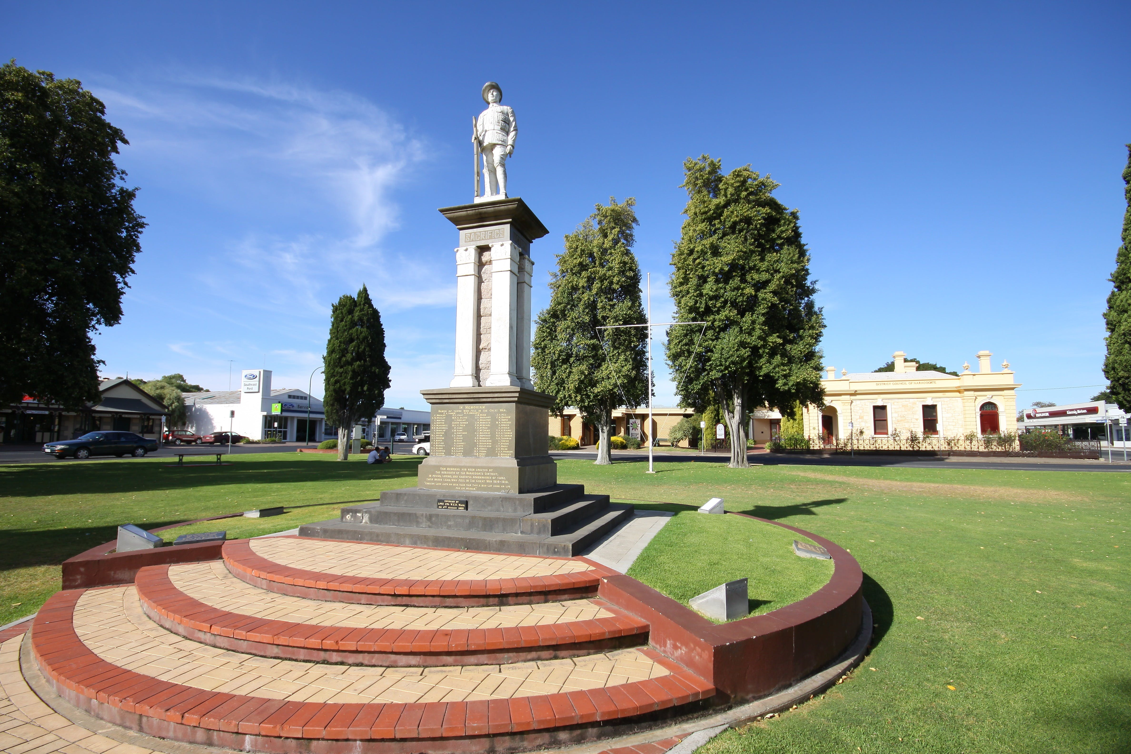 Naracoorte Town Square - Accommodation Adelaide