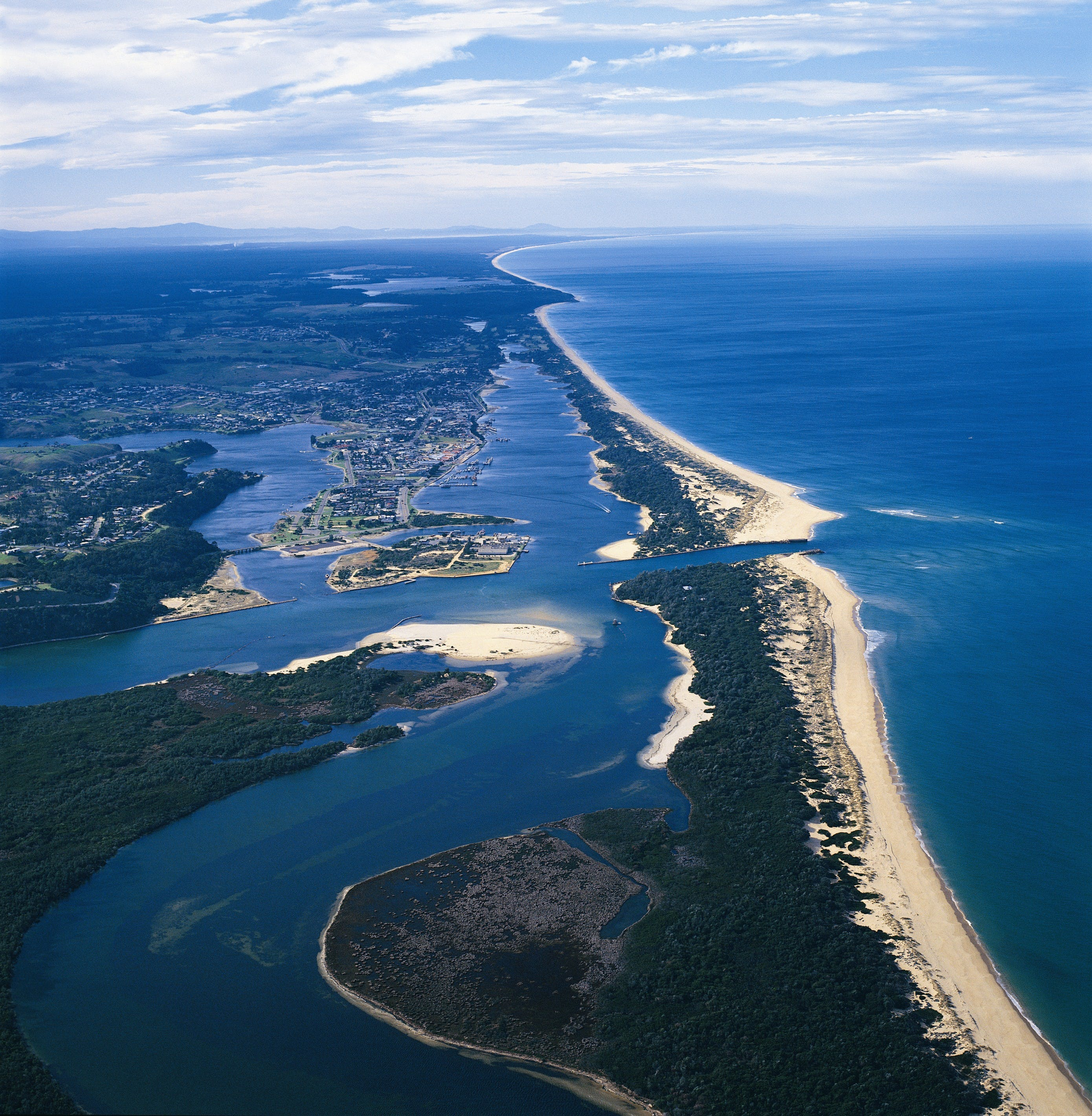 Ninety Mile Beach Marine National Park - Accommodation Adelaide