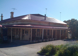 Old Bush Inn - Accommodation Adelaide