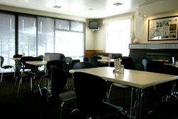 Kains Bar  Riverview Hotel - Accommodation Adelaide