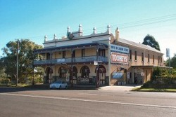 Caledonia Hotel - Accommodation Adelaide