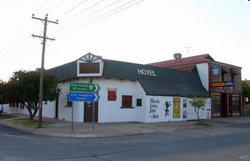 Black Lion Inn Hotel - Accommodation Adelaide