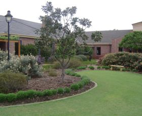 Camden Lakeside Country Club - Accommodation Adelaide