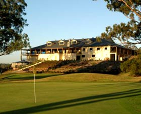 Macarthur Grange Country Club - Accommodation Adelaide
