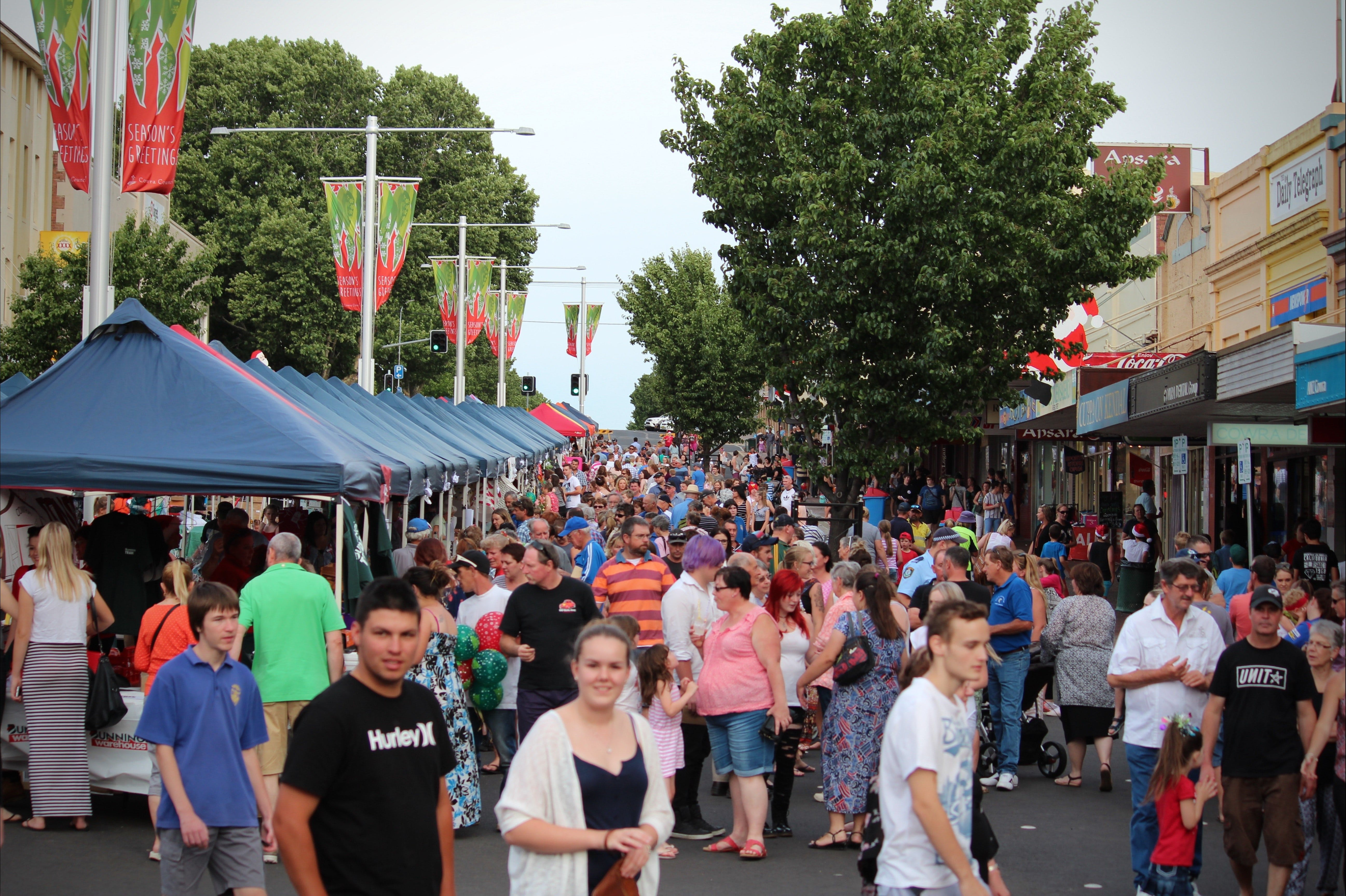 Cowra Christmas Street Festival - Accommodation Adelaide
