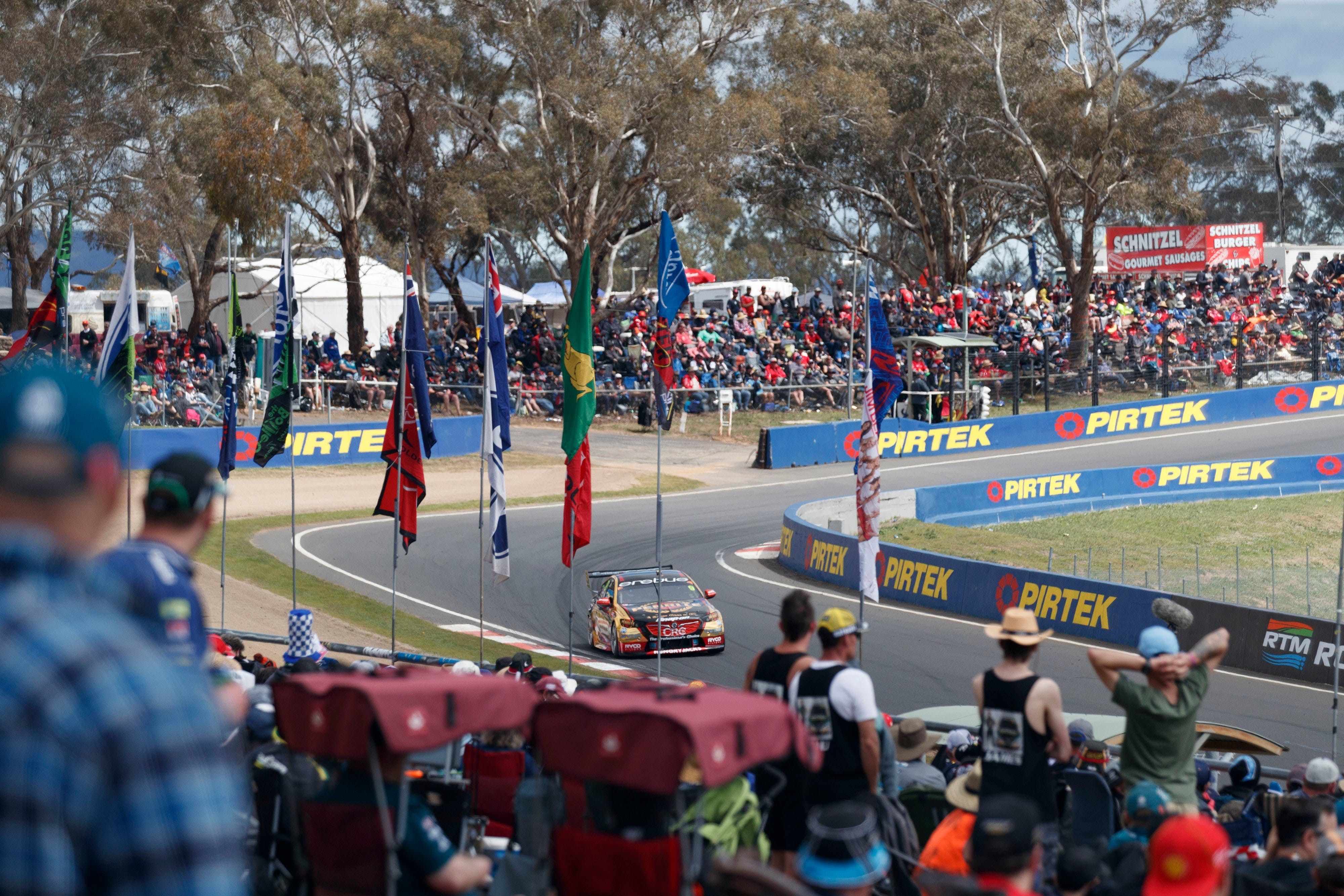 Supercars Supercheap Auto Bathurst 1000 - Accommodation Adelaide