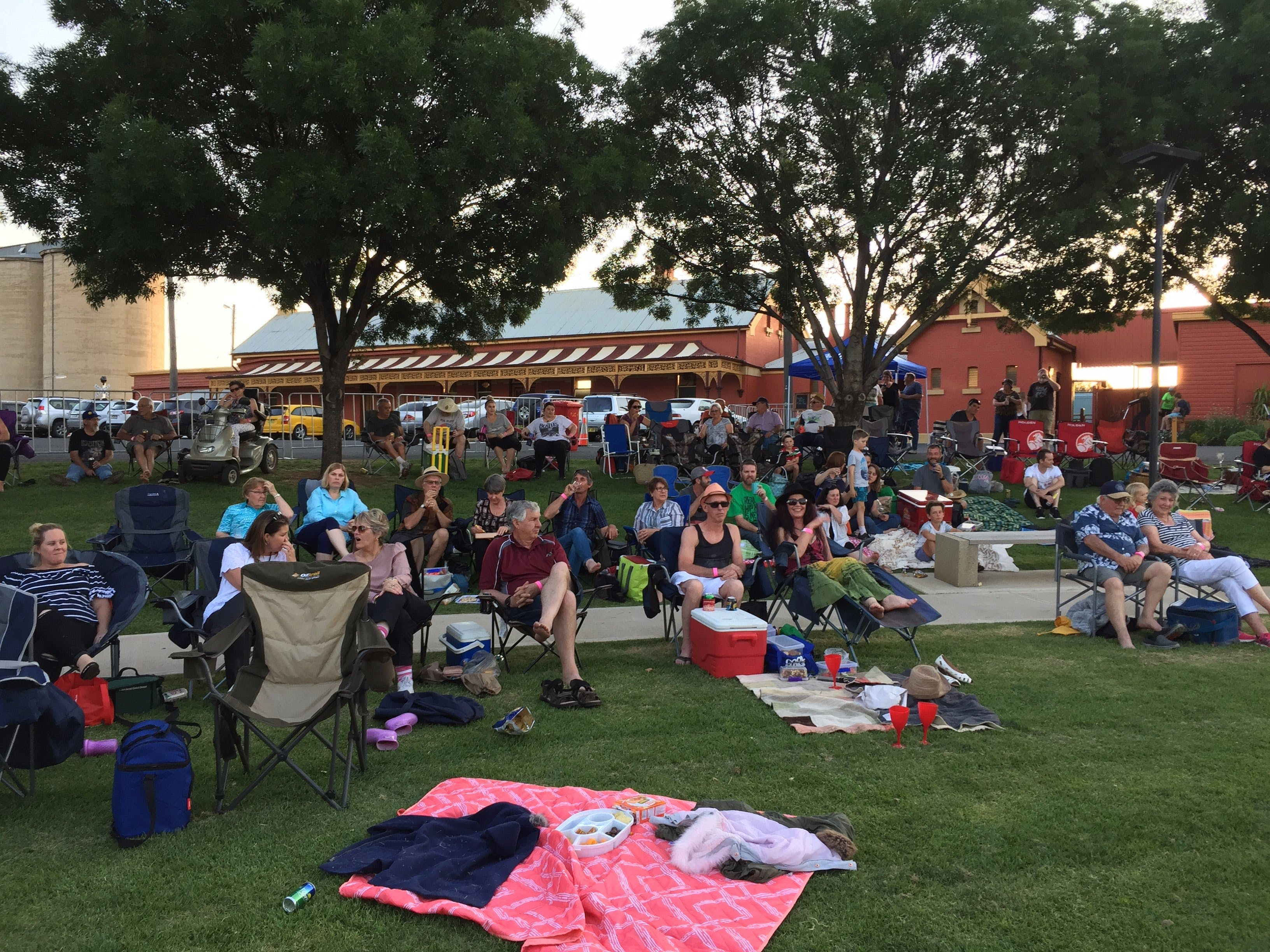 Temora New Years Family Fun Night - Accommodation Adelaide
