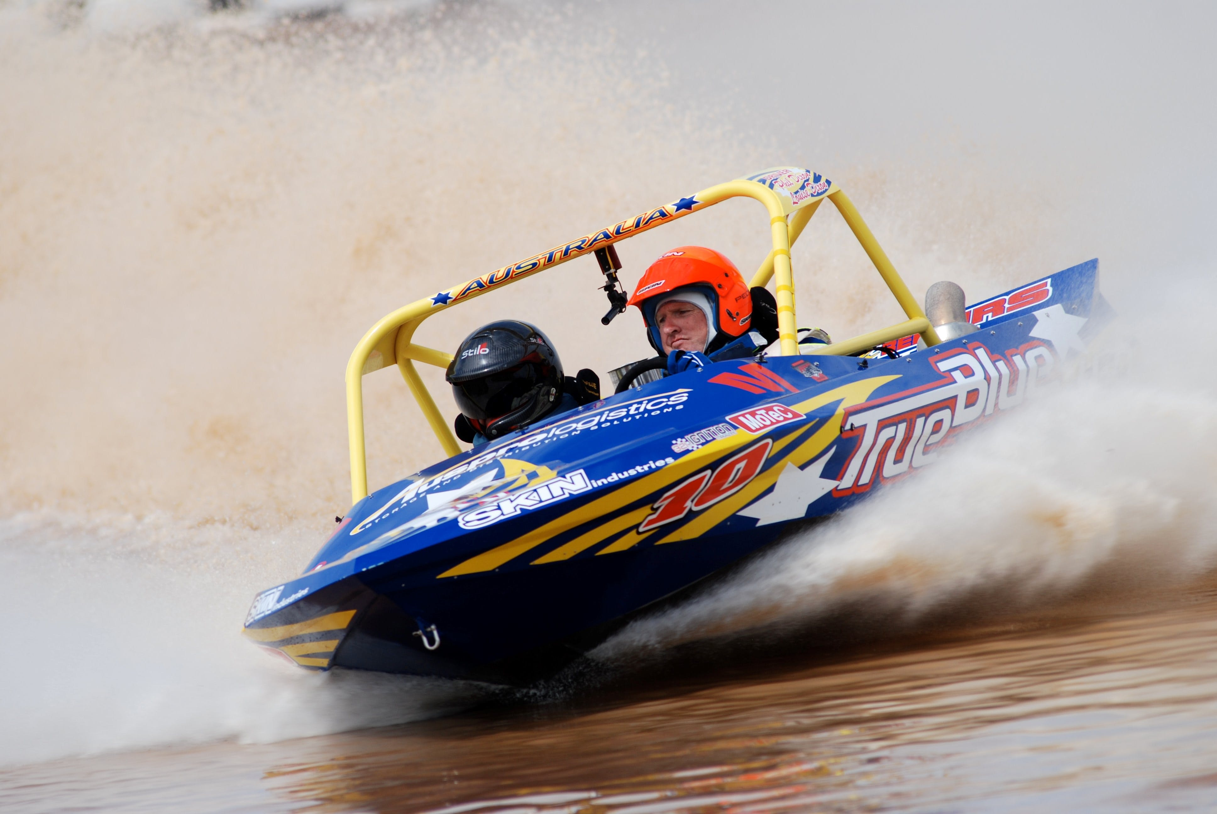 V8 Superboats - Accommodation Adelaide