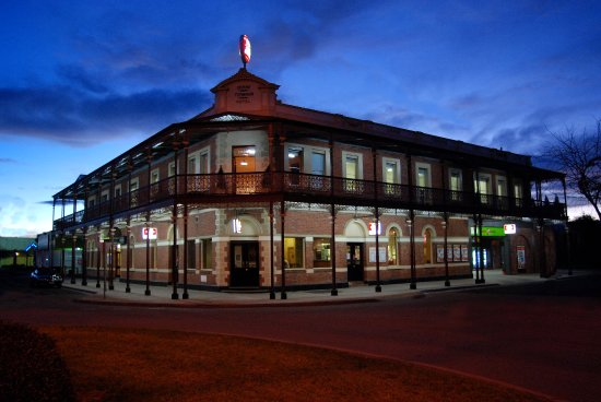 The Grand Terminus Hotel - Accommodation Adelaide