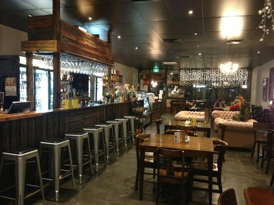 Rustik Cafe and Foodstore - Accommodation Adelaide