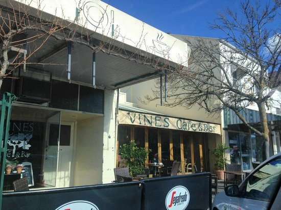 Vines Cafe  Bar - Accommodation Adelaide