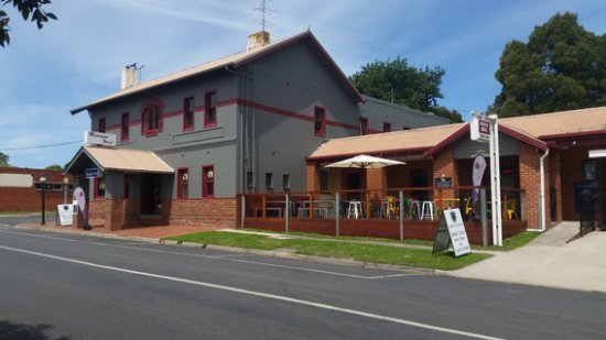 Meeniyan Hotel - Accommodation Adelaide
