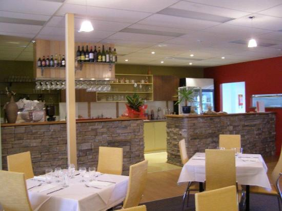 Rose's Lebanese Restaurant - Accommodation Adelaide