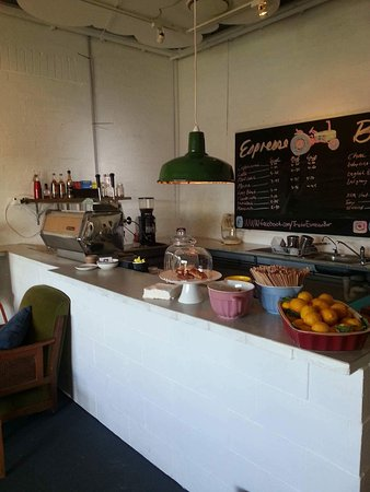 Tractor Espresso Bar - Accommodation Adelaide