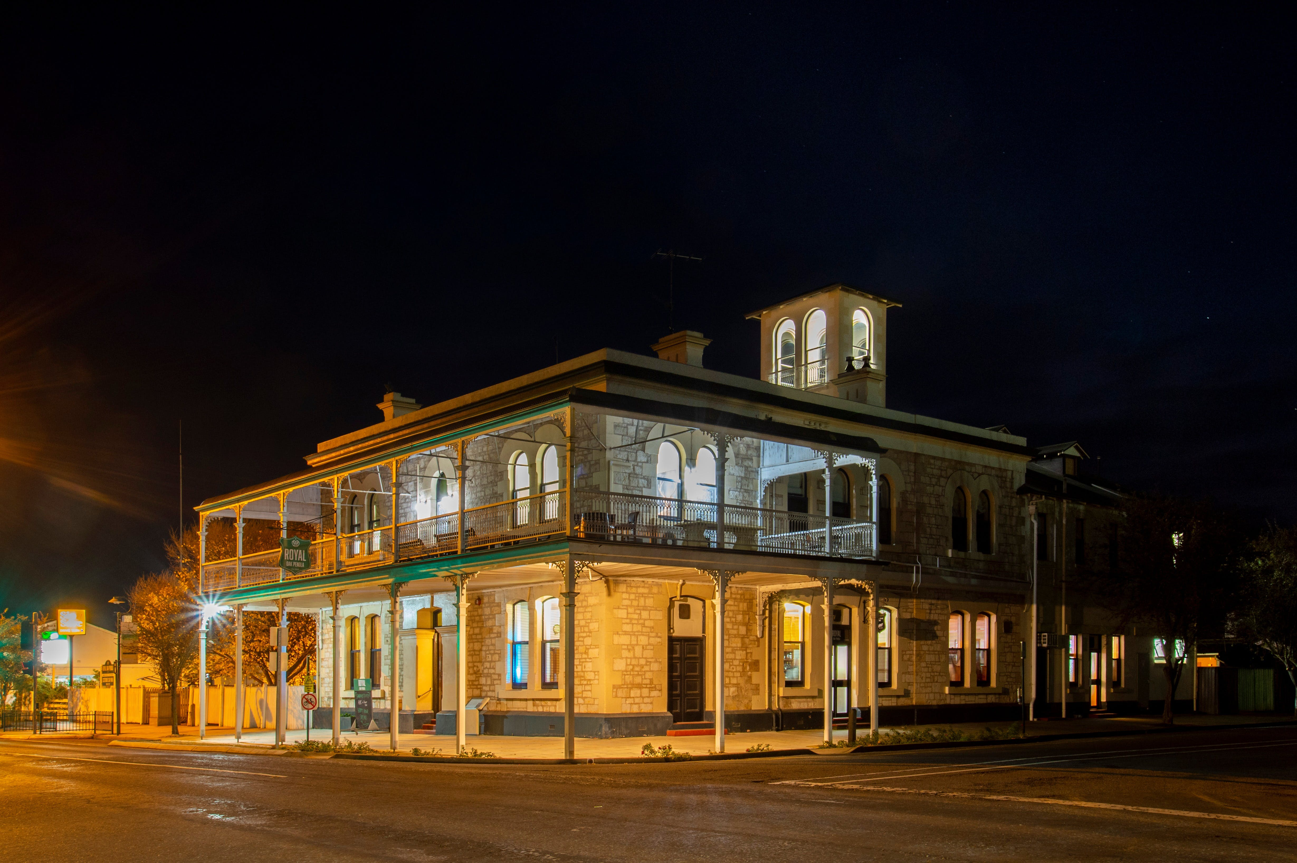 Royal Oak Hotel Penola - Accommodation Adelaide