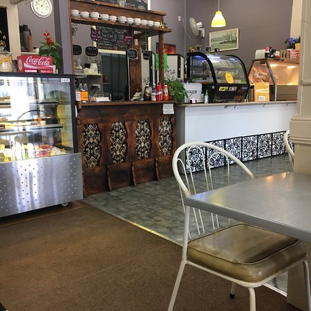 Full Moon Cafe and Thai Restaurant - Accommodation Adelaide