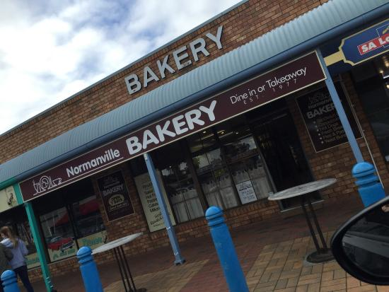 Normanville Bakery - Accommodation Adelaide