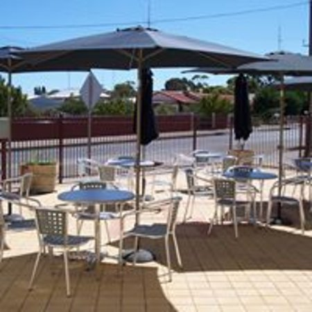 Restaurant at Copper Coast Hotel - Accommodation Adelaide