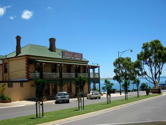 Streaky Bay Hotel - Accommodation Adelaide