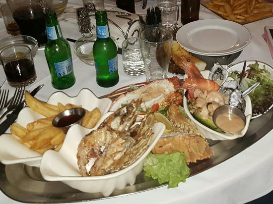 Ashmore Seafood and Steakhouse - Accommodation Adelaide