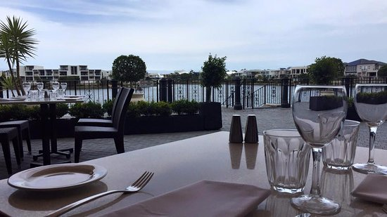 LakeFront Bistro - Accommodation Adelaide