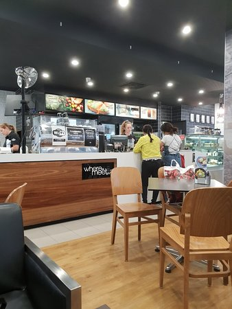 The Coffee Club - Caloundra - Accommodation Adelaide