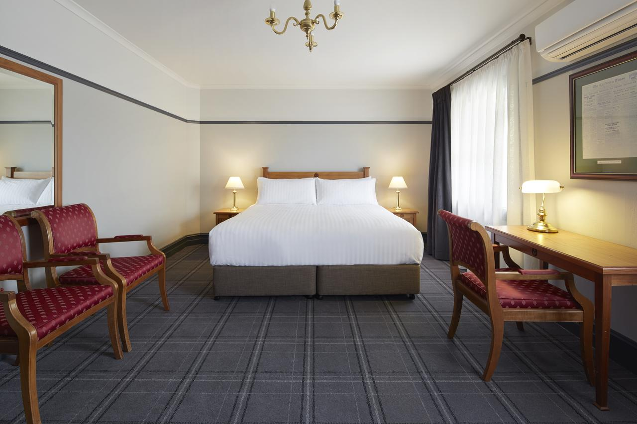 Brassey Hotel - Managed by Doma Hotels - Accommodation Adelaide