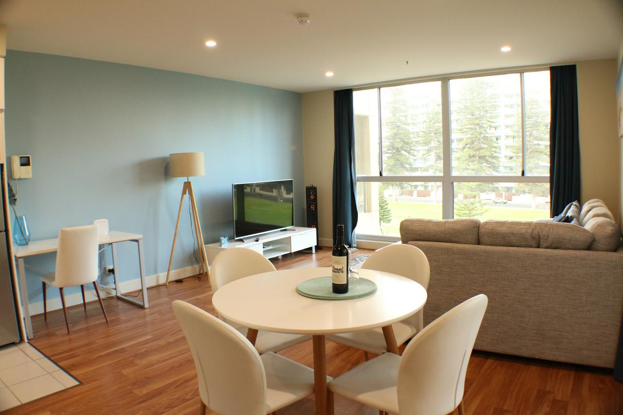 Beachside Luxury 2 Bedroom Getaway - Accommodation Adelaide