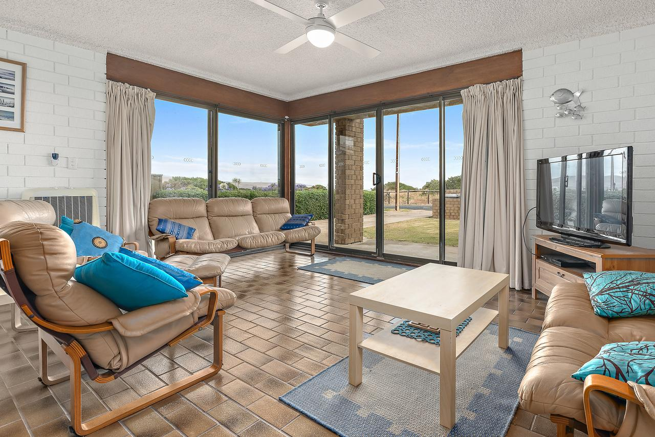 Sun  Surf Aldinga Beach Apartment - Accommodation Adelaide