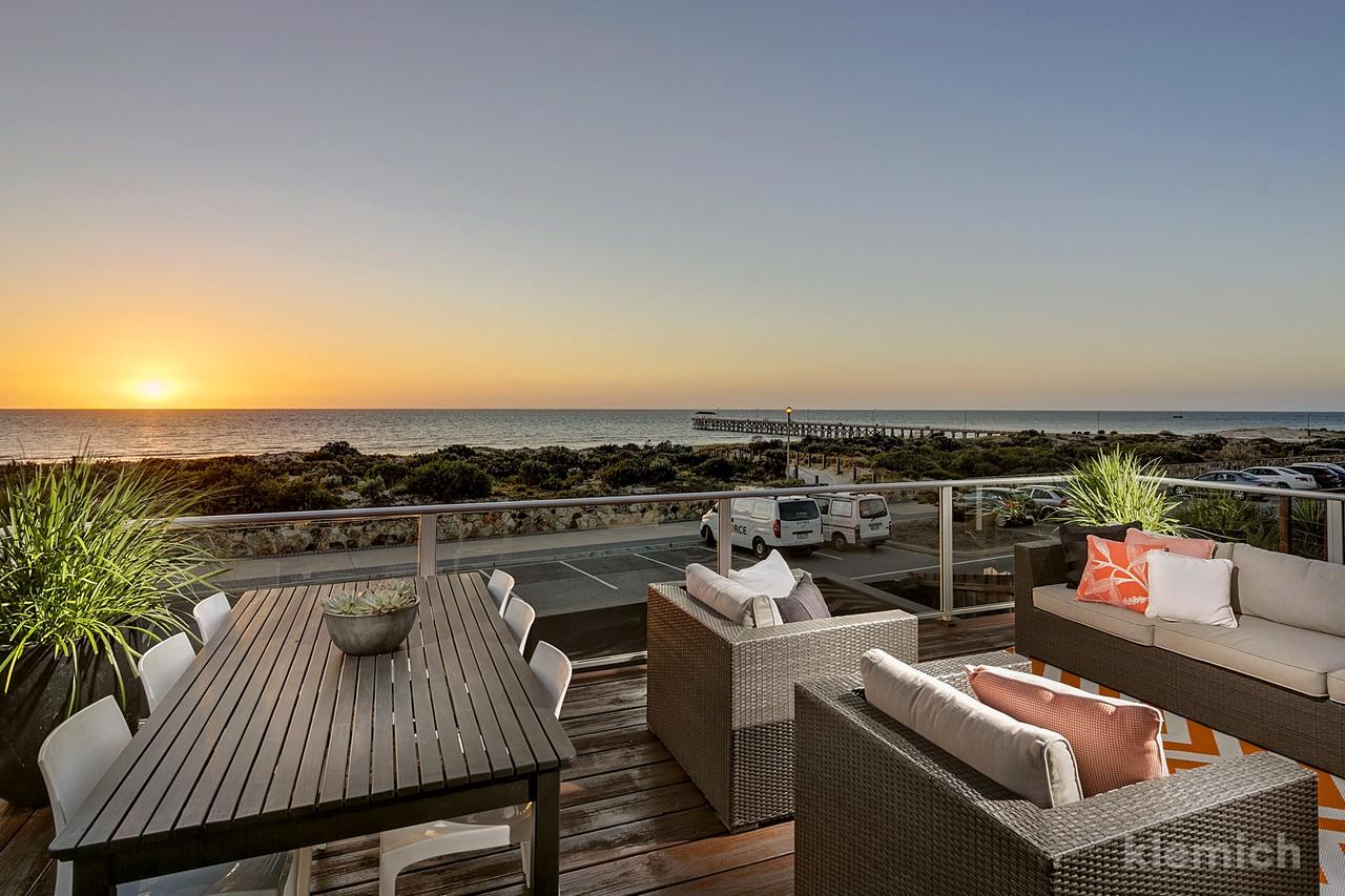 The Beach House  Grange - Accommodation Adelaide