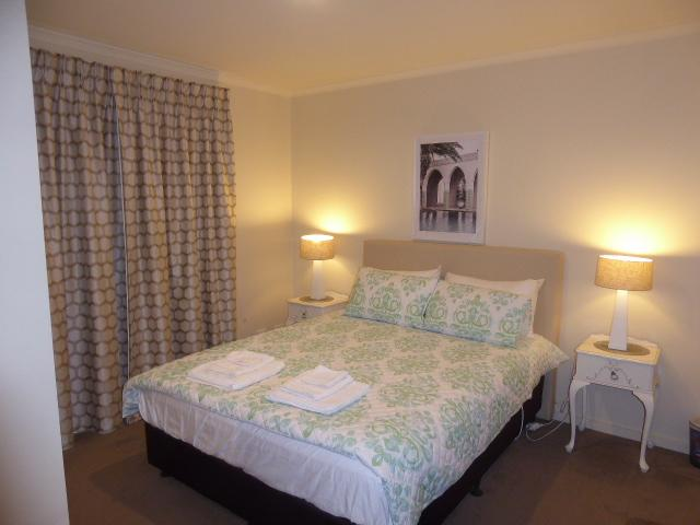 Adelaide City Apartment - 3br, 2bath & Carpark - Accommodation Adelaide