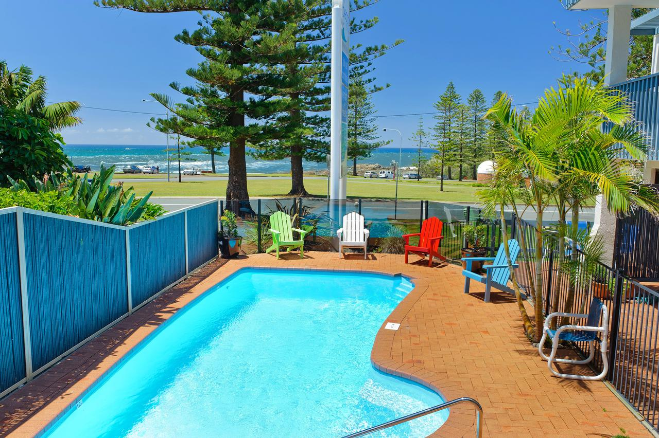 Beach House Holiday Apartments - Accommodation Adelaide