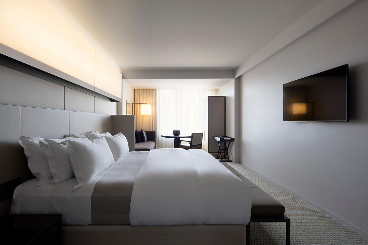 Hotel Realm - Accommodation Adelaide