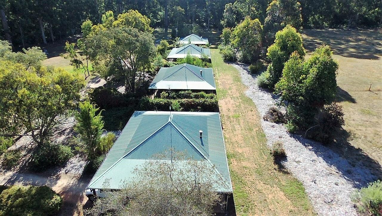 Treenbrook Cottages - Accommodation Adelaide